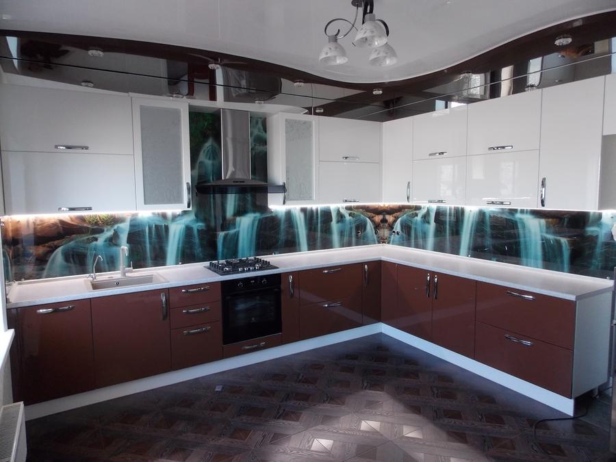 Белый кухонный гарнитур-Кухня из шпона «Модель 14»-фото1