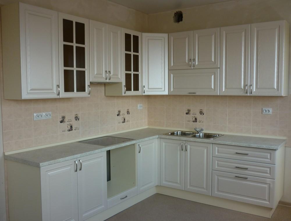 Белый кухонный гарнитур-Кухня МДФ в ПВХ «Модель 169»-фото1