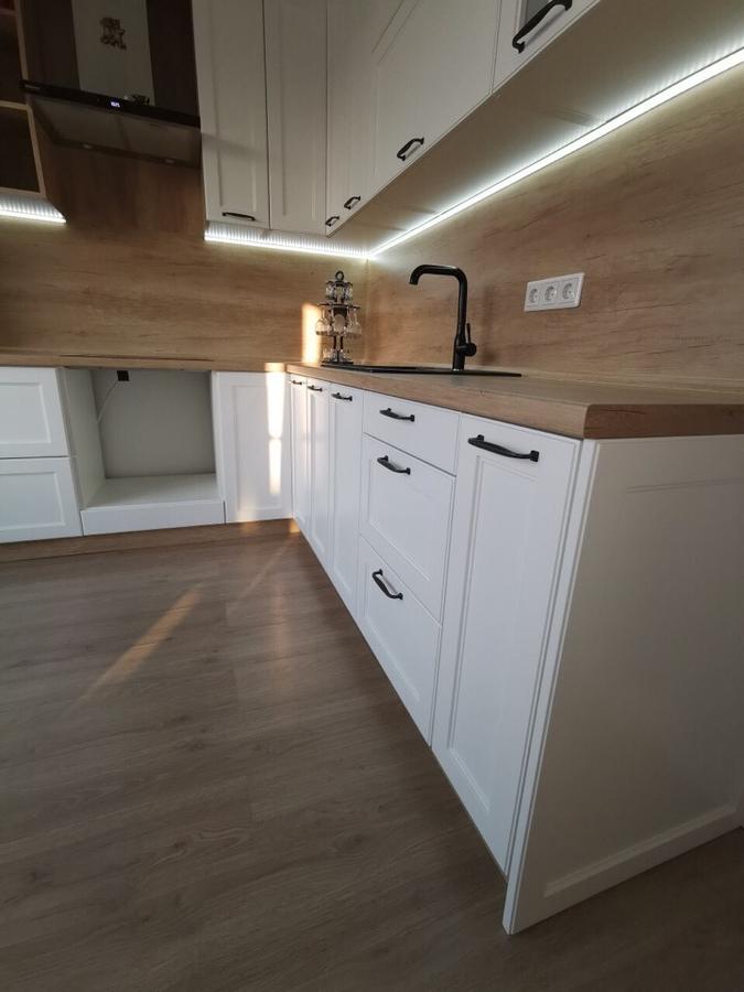 Белый кухонный гарнитур-Кухня МДФ в эмали «Модель 95»-фото4