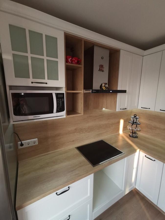 Белый кухонный гарнитур-Кухня МДФ в эмали «Модель 95»-фото3