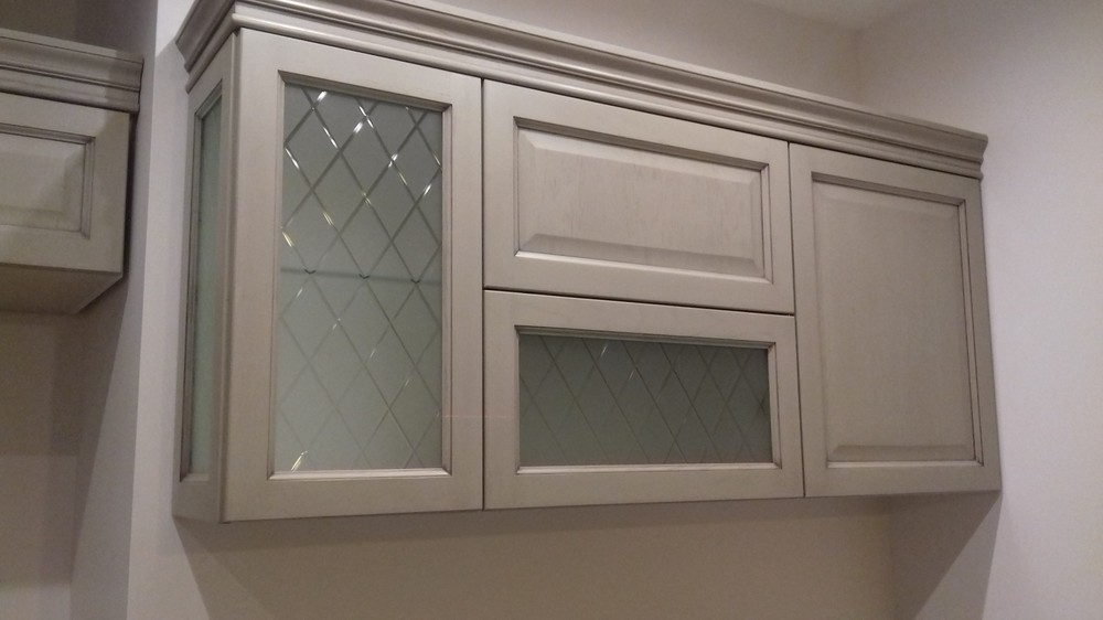 Белый кухонный гарнитур-Кухня МДФ в ПВХ «Модель 255»-фото1
