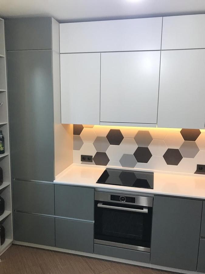 Белый кухонный гарнитур-Кухня МДФ в эмали «Модель 445»-фото2