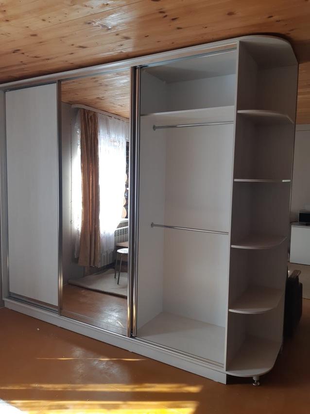 Бельевой шкаф-купе-Шкаф-купе с зеркалом «Модель 475»-фото4