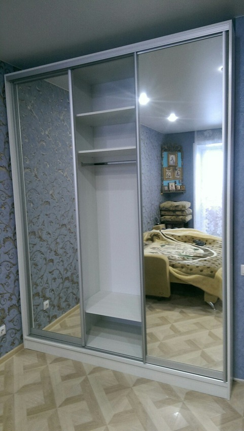 Бельевой шкаф-купе-Шкаф-купе с зеркалом «Модель 442»-фото4