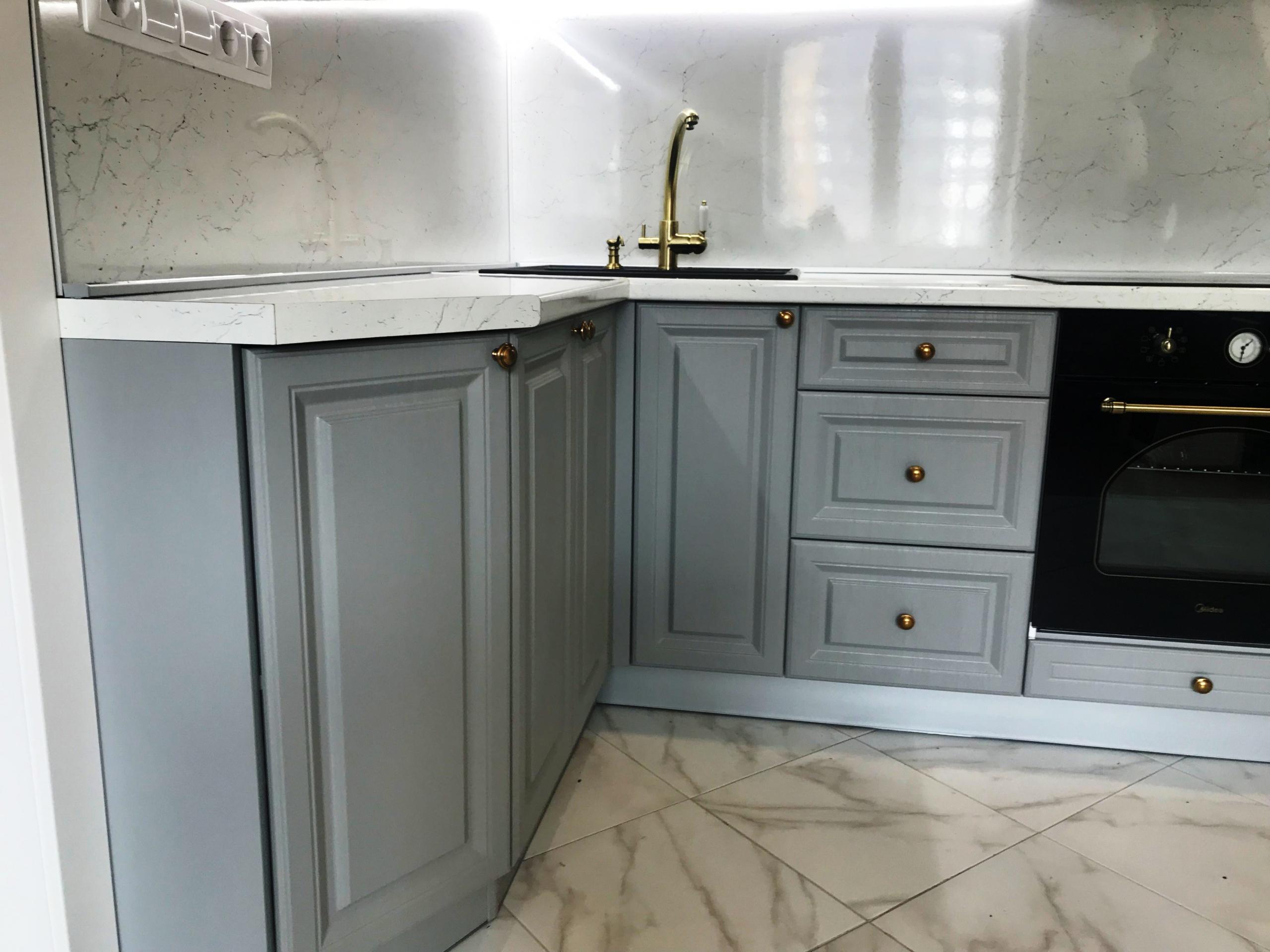Классические кухни-Кухня МДФ в эмали «Модель 548»-фото1